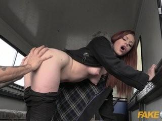 Милиционер и девушка интим