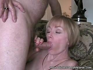 Интим милая мама просит сына не кончать в нее