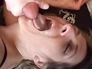 Муж и жена снимают русское интимное видио