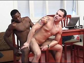 Интим геи кортинки крупным планом