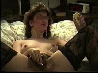 Мохнатое домашнее интим видео