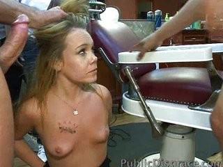 В парикмахерской интимной порно