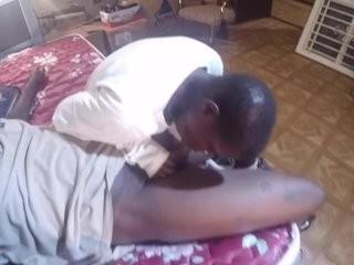 Короткое интим видео дома скачать на телефон
