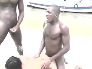 Секс измена на пляже